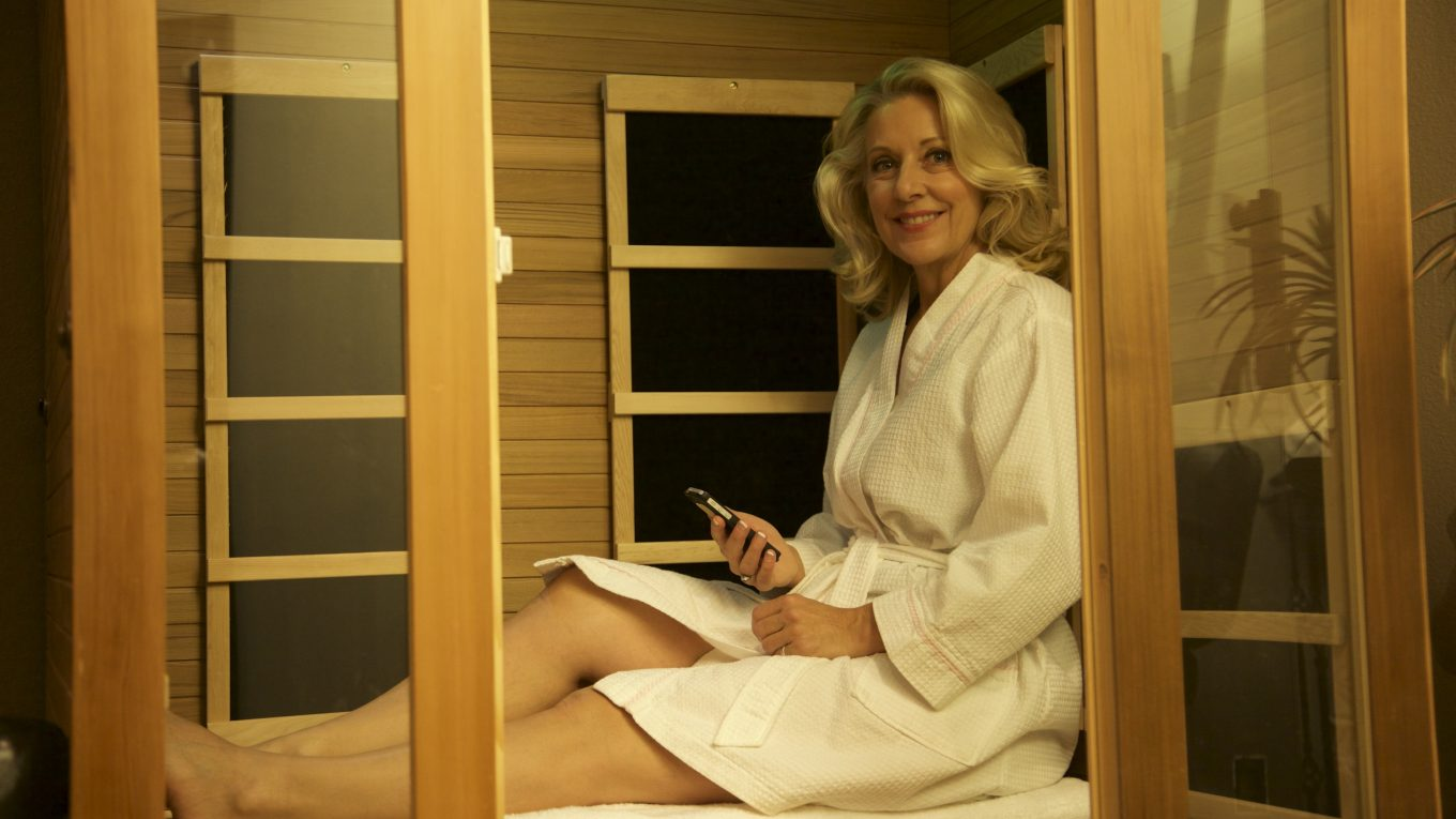 Infrared-Sauna-Therapy-to-complement-early-routine