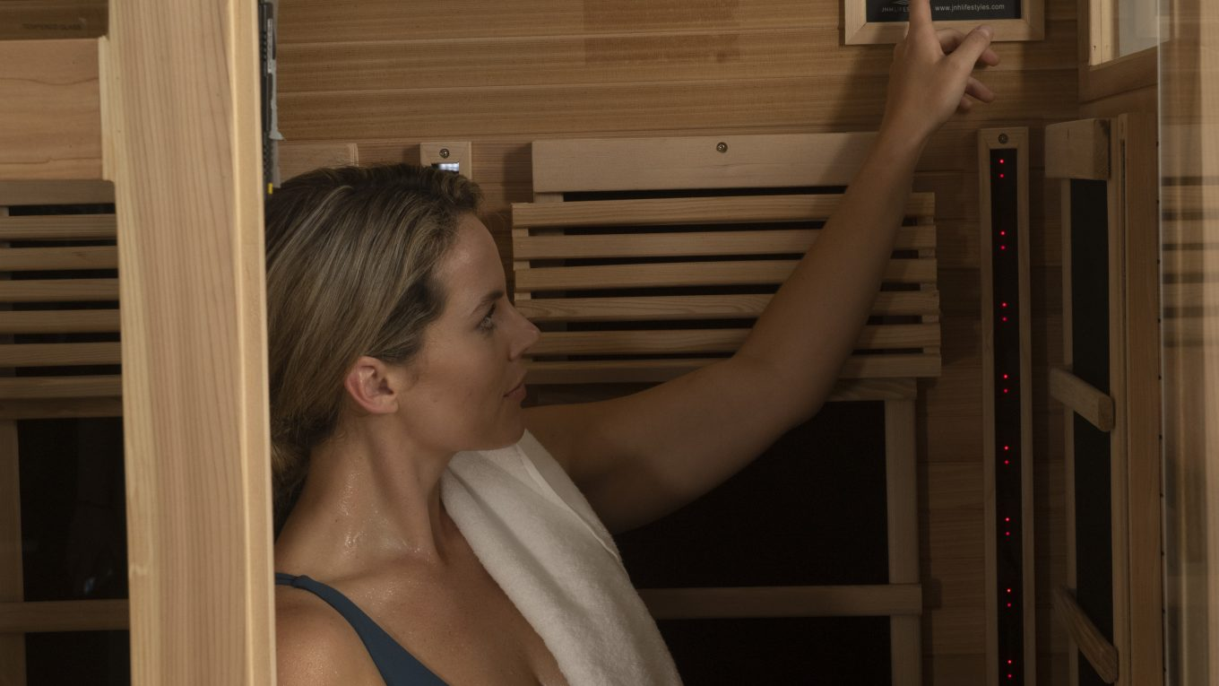 The-best-infrared-sauna-consumer-reports-that-infrared-therapy-has-many-health-benefits