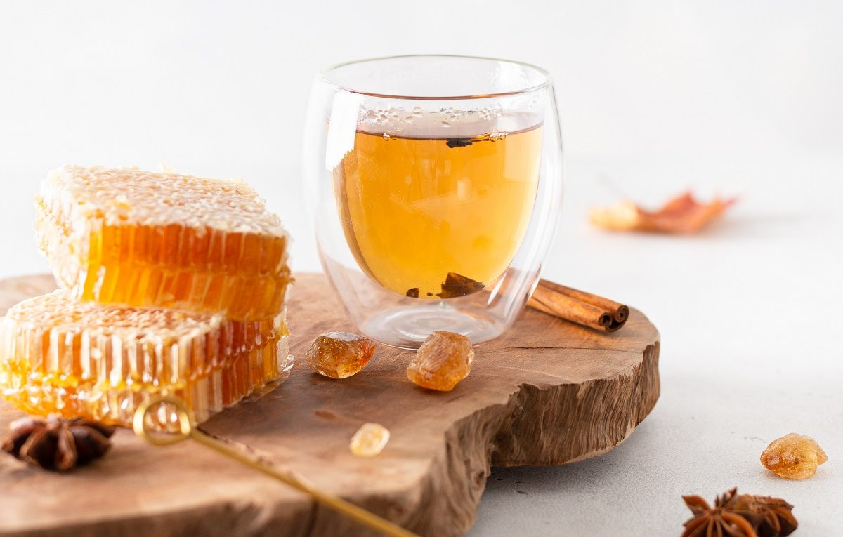 Take-Advantage-of-Your-Honey-Sticks-To-Help-Build-Up-Your-Body's-Immune-System