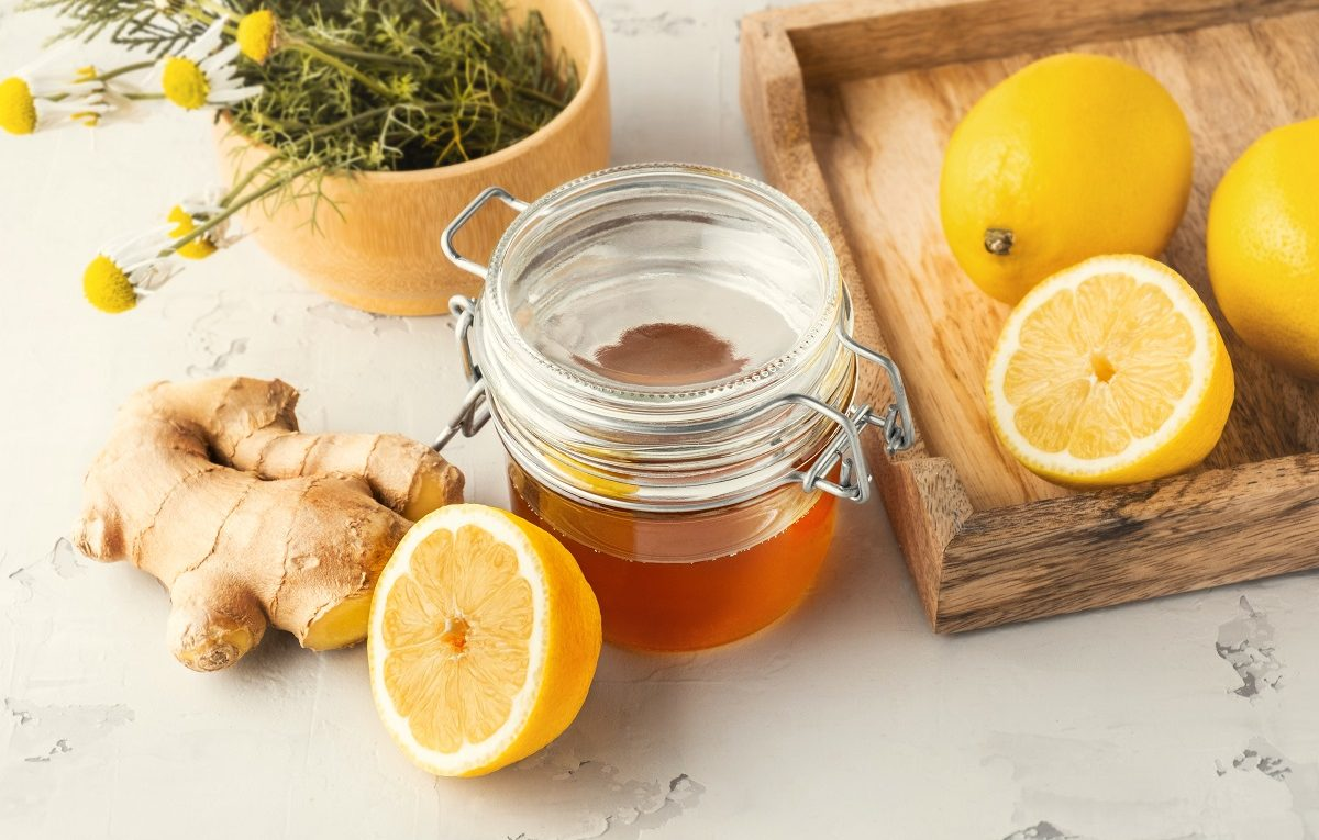 How to best use honey sticks when creating tea recipes with ginger and lemon